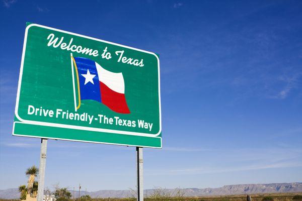 "A <a href=""http://www.ncbi.nlm.nih.gov/pubmed/26057430"" target=""_blank"">new review</a> of nursing education programs in Texas"