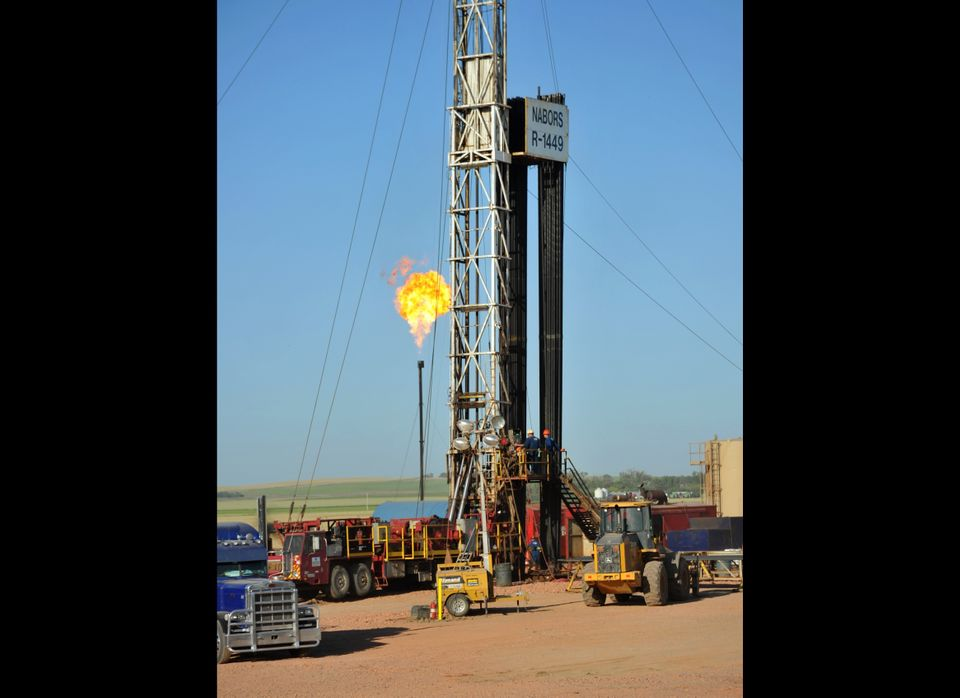 """Estimates by the  <a href=""""http://www.eia.gov/pub/oil_gas/natural_gas/data_publications/crude_oil_natural_gas_reserves/curren"""