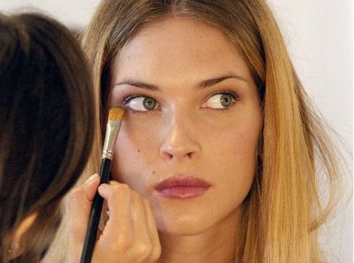 Earth-Friendly Makeup: How To Be Nicer To Your Face And Your Planet
