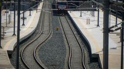 Τρένο προσέκρουσε σε βράχια στη Φθιώτιδα. Μετέφερε 285