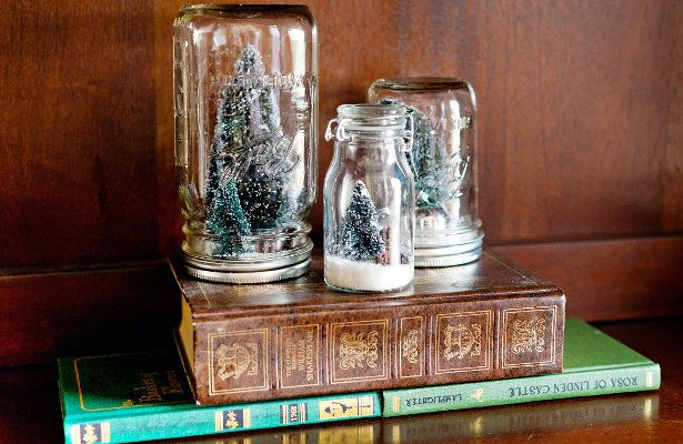 "Photographer <a href=""http://arielleelise.com/"">Arielle Royer</a> discovered a lovely set of Mason jar snow globes at one of"