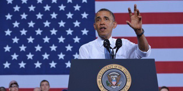 US President Barack Obama speaks employees after touring the General Electric Waukesha Gas Engines facility on January 30, 20