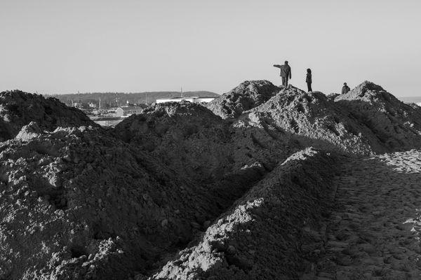 11/22/12: Sea Bright: Piles of Sand.