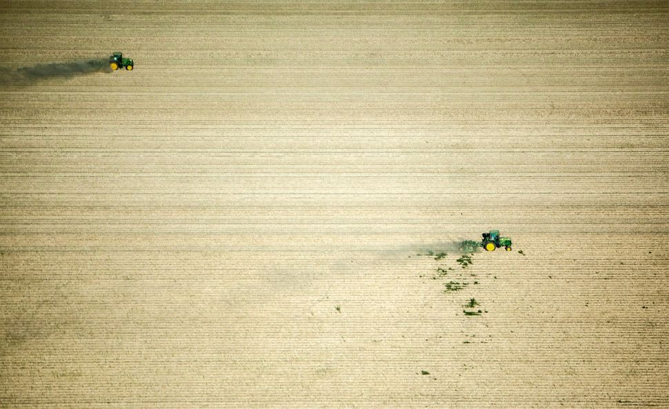 Tractors. San Joaquin, Calif.