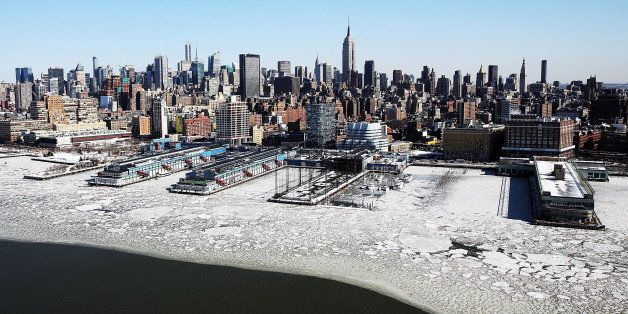 NEW YORK, NY - FEBRUARY 20:  Ice floes are viewed along the Hudson River in Manhattan on a frigidly cold day February 20, 201