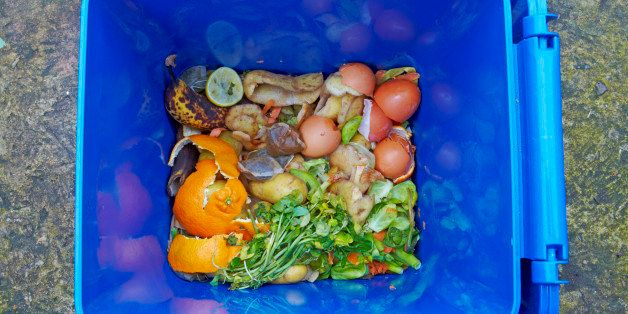 Food waste recycling caddy. The food waste in the UK is intended to be composted and thereby preventing it to be sent to land
