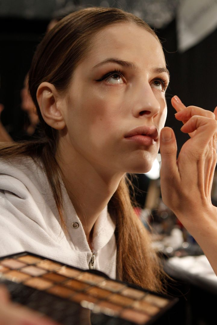 Eco Etiquette: What's the Best Eco-Friendly Makeup? | HuffPost