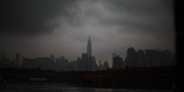 USA, New York City, Empire State Building through fog