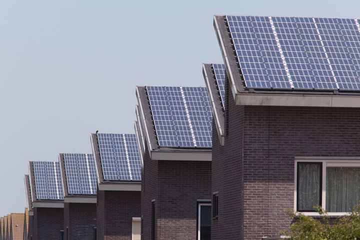 new family homes with solar...