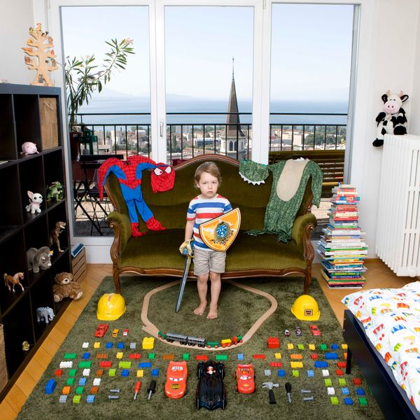 """Children Around the World With Their Most Prized Possessions (<a href=""""http://www.abramsbooks.com/Books/Toy_Stories-978141971"""