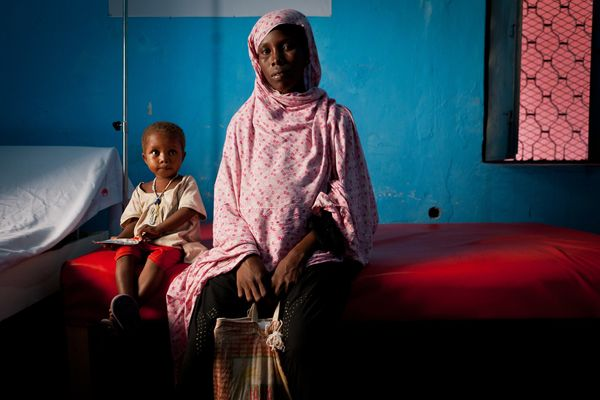 Makay Mohamed Aden arrived in Sigale from Afgoye when she was seven months pregnant. Makay was given an antenatal checkup at