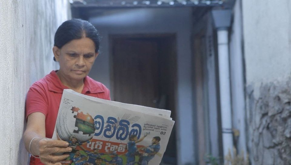 "This Newspaper Repels Mosquitoes And Saves Lives (Courtesy <a href=""http://www.leoburnett.lk/ourworkprint.cfm"">Leo Burnett</a"