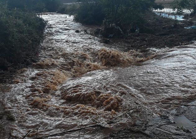 Μεγάλα προβλήματα στο Μαντούδι από τον μεσογειακό κυκλώνα. Έρευνες για τους