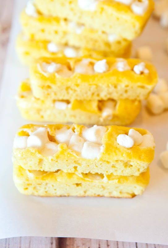 "<strong><a href=""http://www.averiecooks.com/2012/02/homemade-twinkies.html"" target=""_blank"">Homemade Twinkies</a> from Averie"