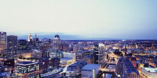 USA, Maryland, Baltimore, downtown skyline at dusk (USA)
