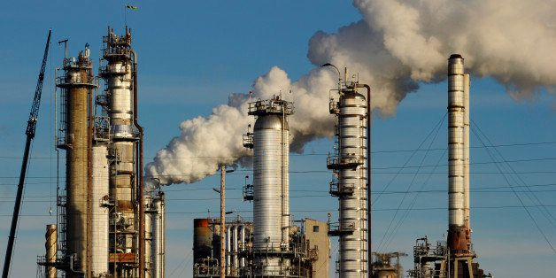 Tesoro Oil Refinery, Anacortes, Washington State, USA
