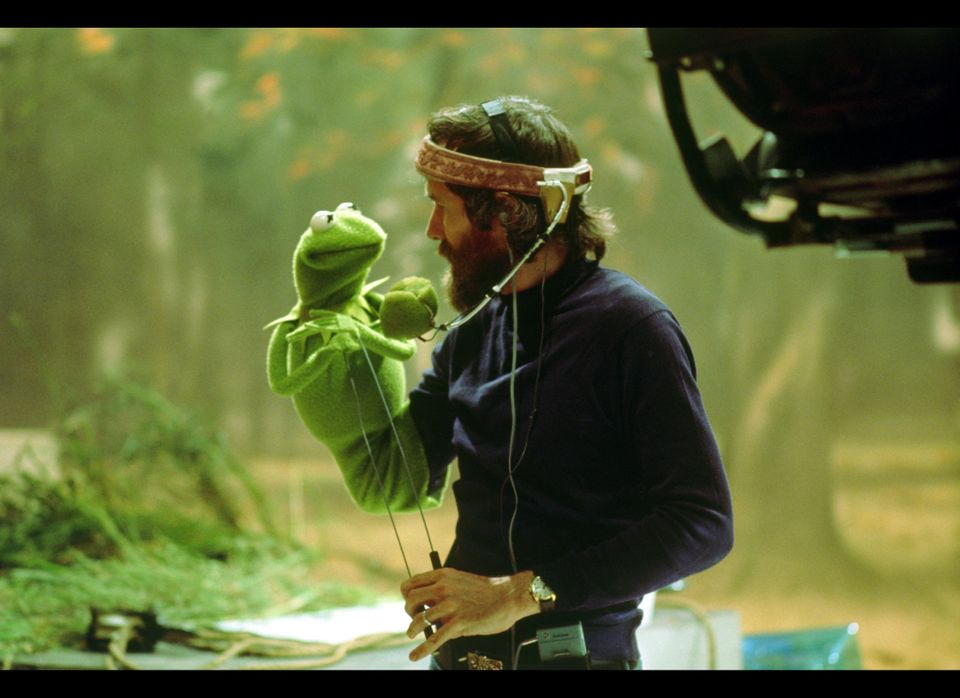 """Jim Henson with Kermit the Frog in 1978 on the set of <a href=""""http://www.rottentomatoes.com/m/muppet_movie/"""" target=""""_hplink"""