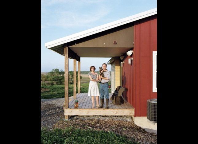 "<a href=""https://www.huffpost.com/entry/dwells-top-10-best-homes-_n_1111457?ref=arts#s497258"" target=""_hplink"">Dwell's top 10"