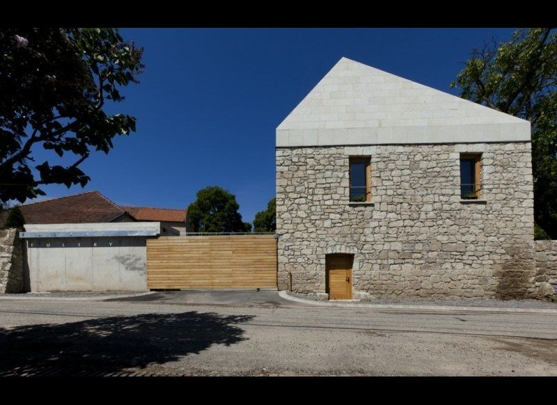 "Építész Stúdió: Füleky Winery. See more <a href=""http://clippings.com/projects/fuleky-winery-52582"" target=""_hplink"">HERE</a>"