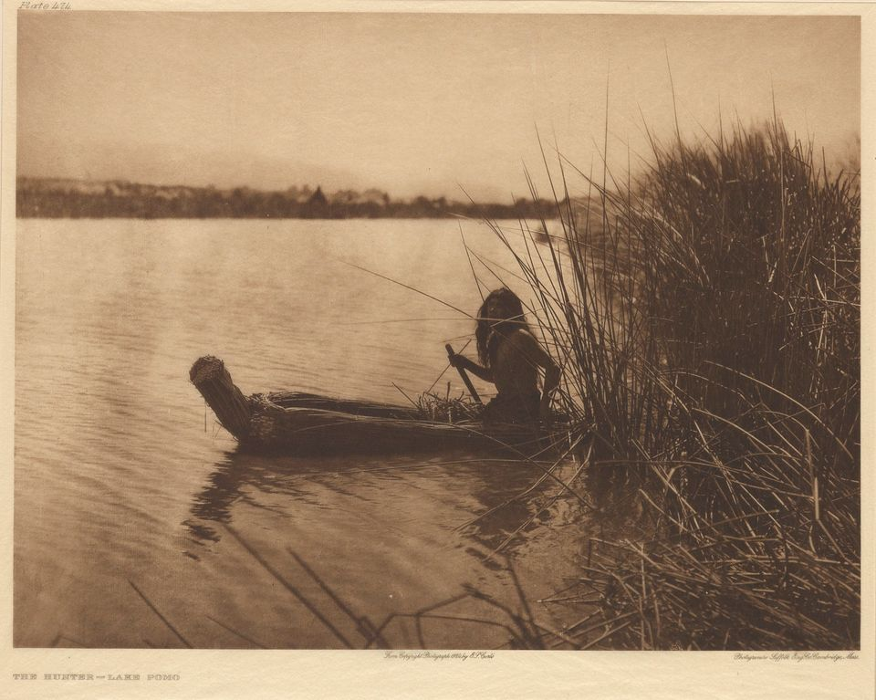 Edward S. Curtis, The North American Indian, complete with 20 folios, 20 volumes including 111 signed photogravures, 1907-30.