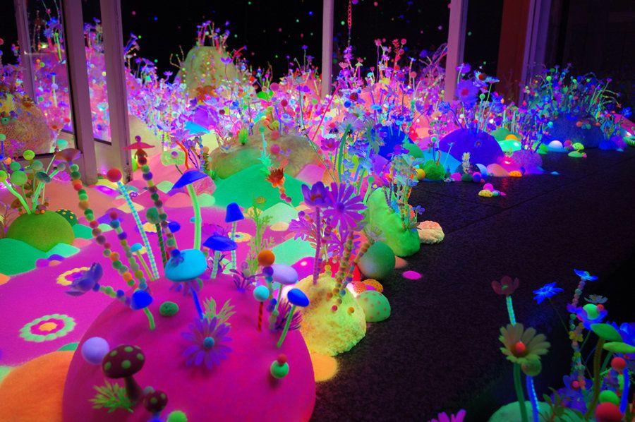 Moon flower dream, 2012 Smart Illumination, Yokohama, Japan photo: Tanya Schultz