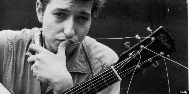Portrait of American singer and musician Bob Dylan (born Robert Zimmerman), New York, New York, 1962. (Photo by John Cohen/Ge
