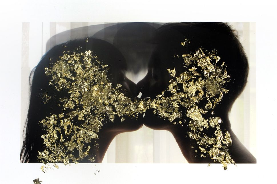 Kissing Gold, 2013, © Sarah Anne Johnson / Courtesy of Julie Saul Gallery, New York and Stephen Bulger Gallery, Toronto