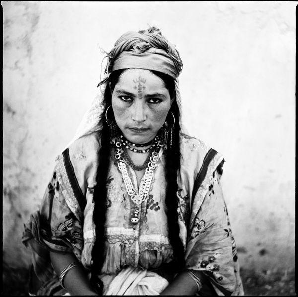 Portrait de femme Algérienne. © Marc Garanger.