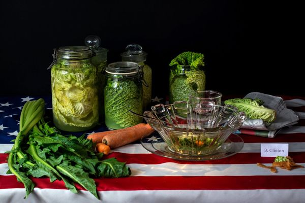 "Bill Clinton, ""Cabbage diet,"" Unlimited amount of cabbage soup to mix with other vegetables"