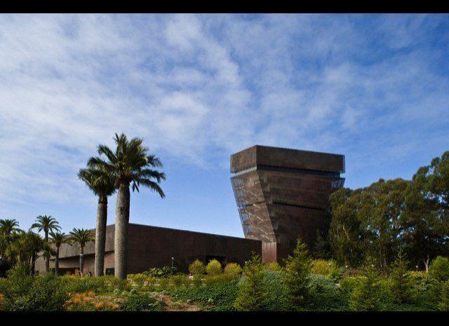 """<a href=""""http://www.travelandleisure.com/slideshows/worlds-coolest-buildings/2"""" target=""""_hplink""""><em>See More Cool Buildings<"""