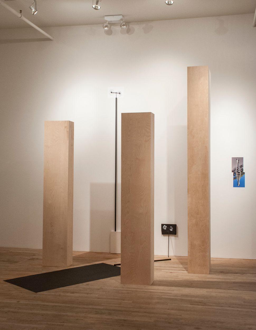 Esperanza Mayobre  Hueco, palo, bloque, antena (or the  story of a Golindano antenna). 2014  wood, hydrocal, silkscreen, phot