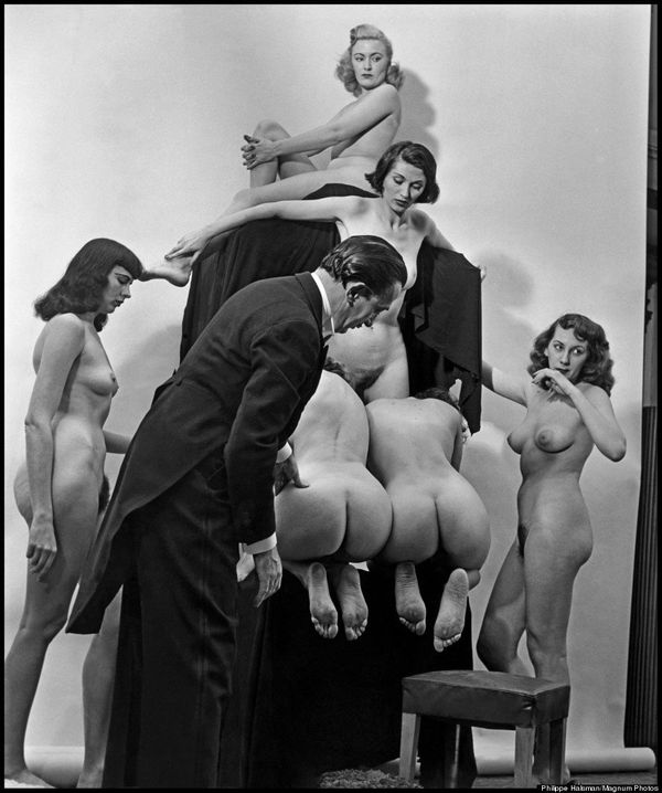 "Philippe Halsman and Salvador Dali, ""In Voluptas Mors,"" 1951. Photo <a href=""https://www.huffpost.com/entry/dali-in-voluptas-"