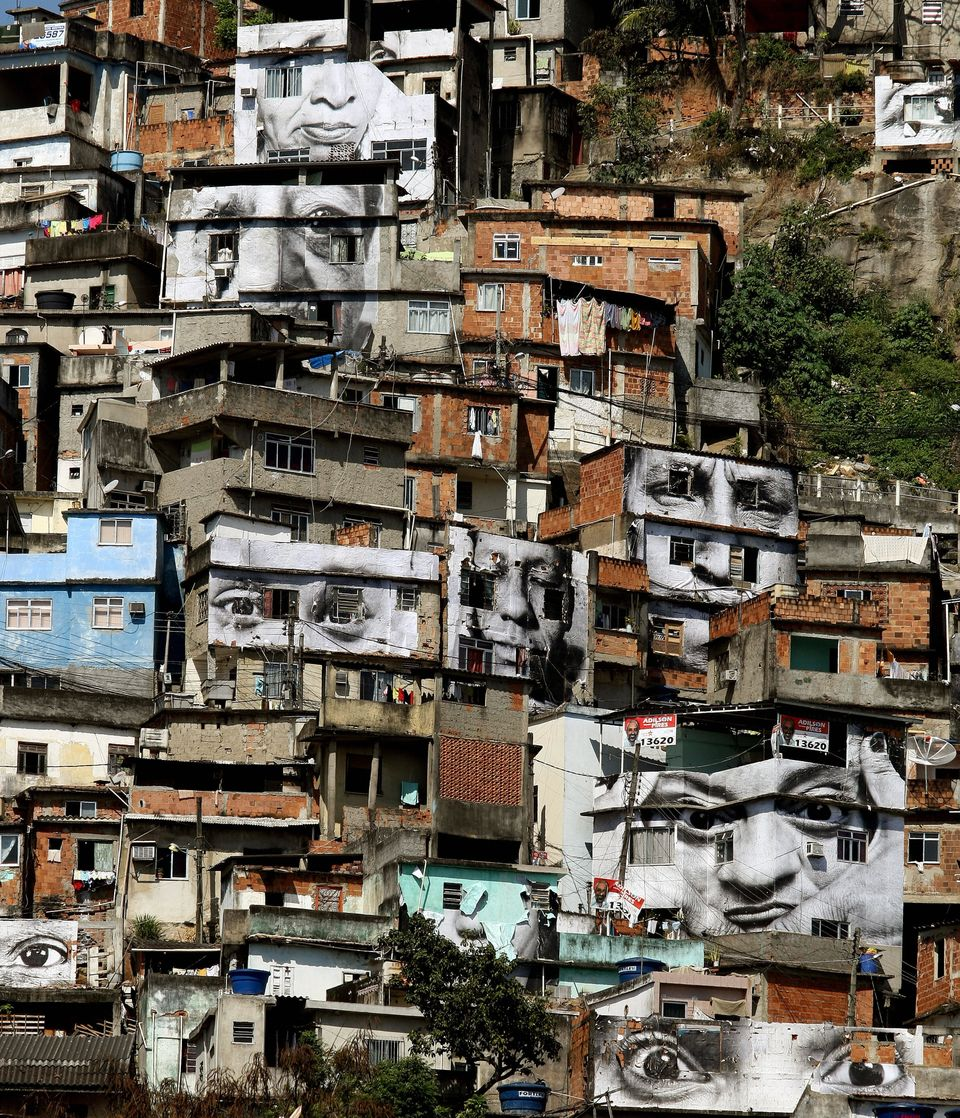 General view of the 'Morro da Providencia' favela, one of the most violent of Rio de Janeiro, Brazil, taken on August 20, 200