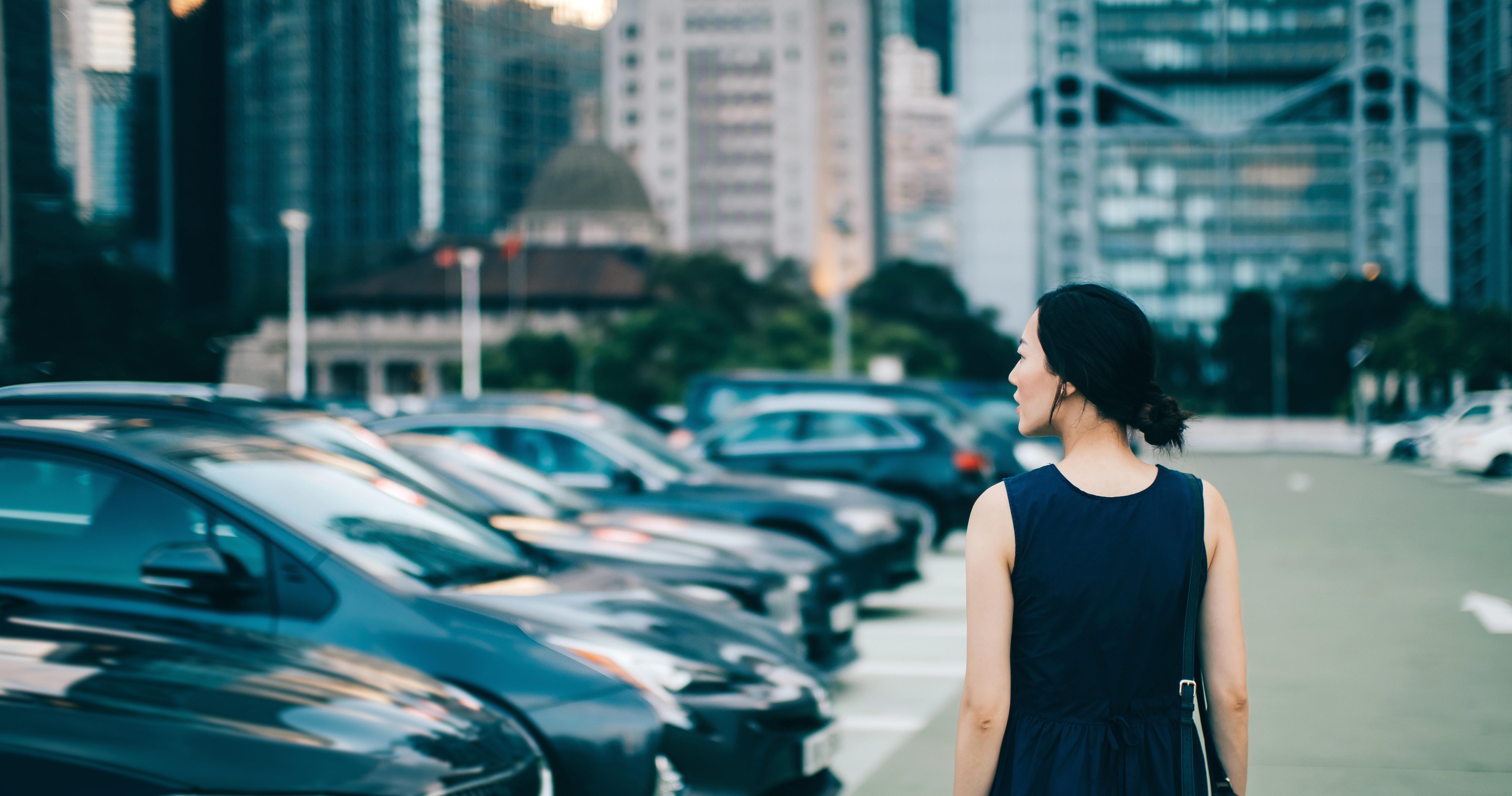Viral Tweet Highlights What Women Do To Feel Safe Walking Alone At