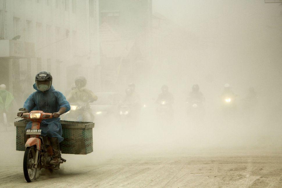 (c) Riski Januar, Indonesia, Open Competition, 2015 Sony World Photography Awards