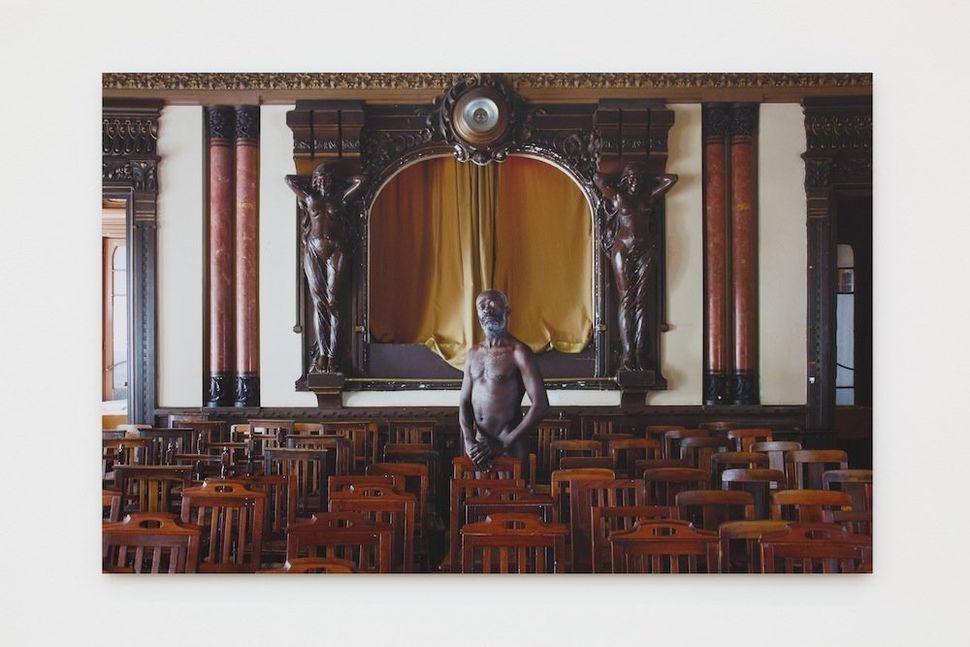 Kiluanji Kia Henda, Othello's Fate, 2013. Courtesy of the artist.