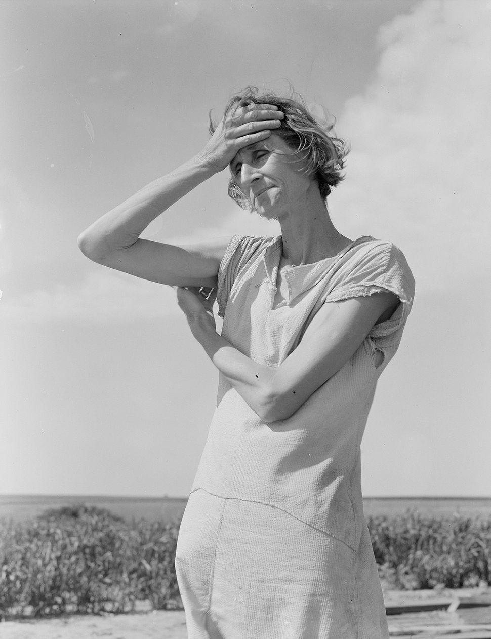 Dorothea Lange, Wife of a migratory laborer with three children. Near Childress, Texas. Nettie Featherson, 1938, Vintage gela
