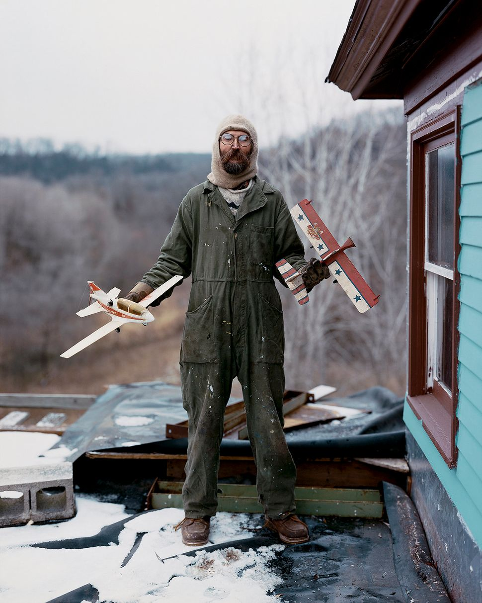 Alec Soth, Charles, Vasa, MN, 2002, C-print, Image courtesy of Alec Soth and  Weinstein Gallery, Martin Z. Margulies Collecti