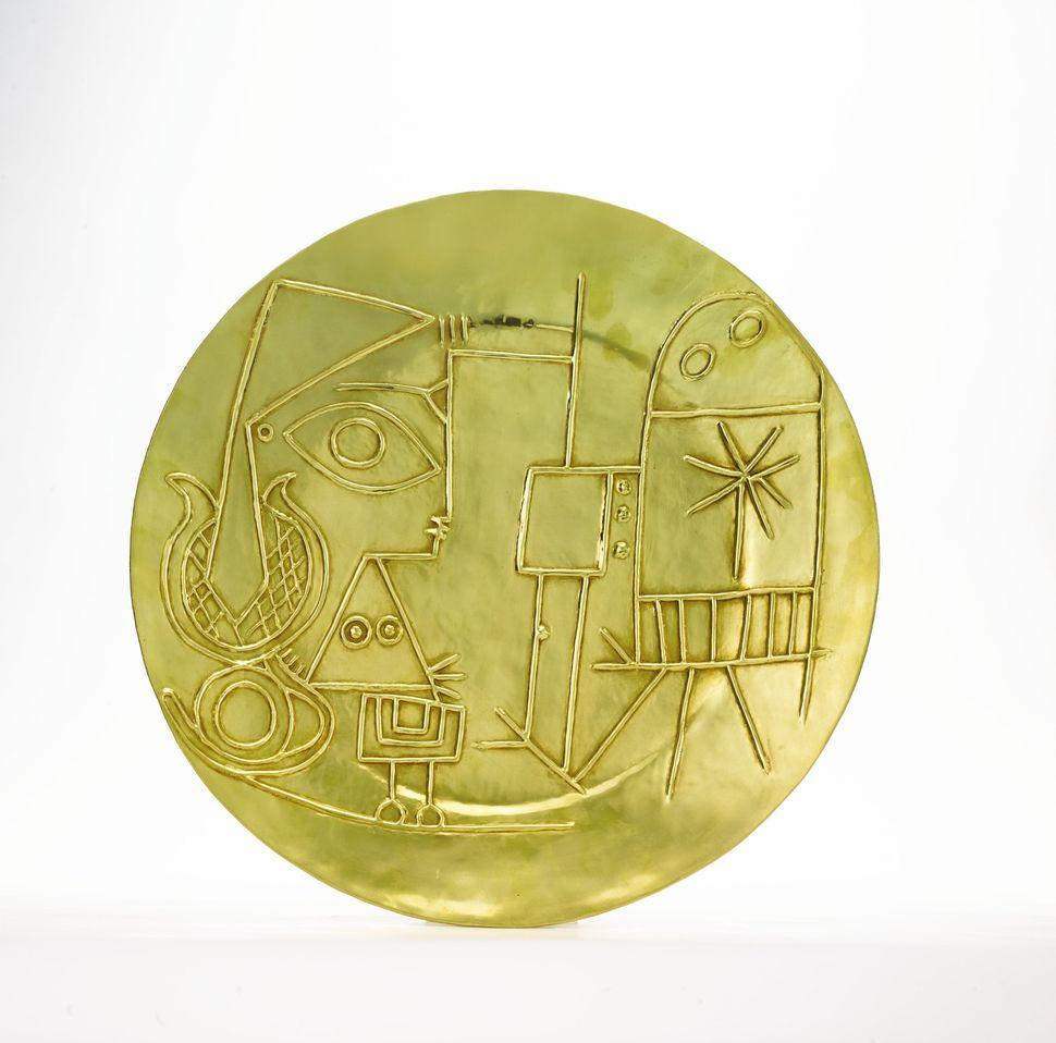 Pablo Picasso, Jacqueline au Chevalet, Gold plate, 1956, Diameter 417 mm; 16 ½ in., Est. $150/250,000