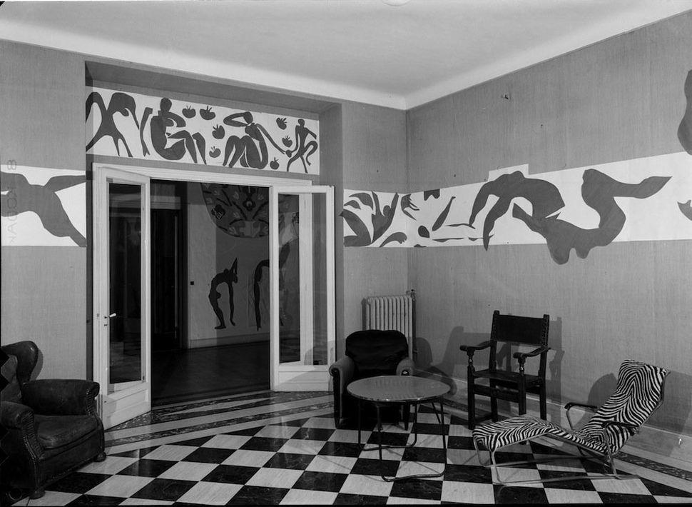 Hôtel Régina, Nice, 1953. Photo: Hélène Adant. Centre Pompidou – MnamCci – Bibliothèque Kandinsky