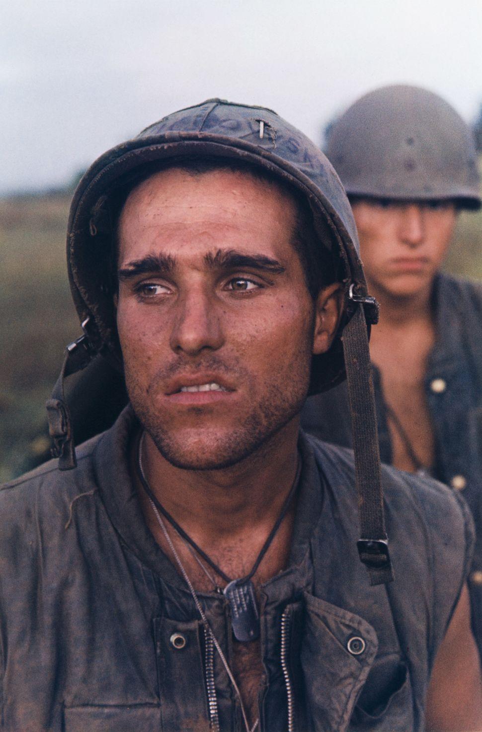 Larry Burrows, Βρετανός (1926–1971). Επιχείρηση Prairie, Vietnam, 1966