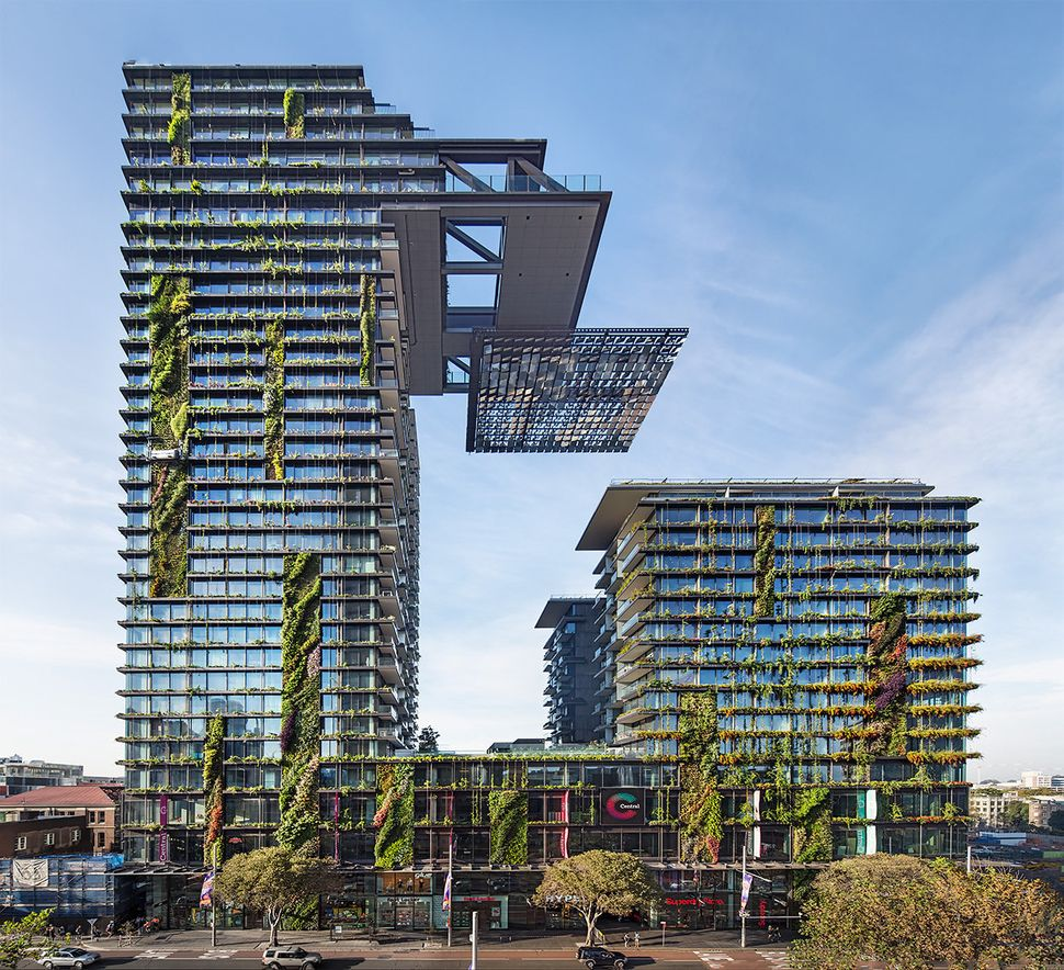 "One Central Park / Ateliers Jean Nouvel (Australia): ""<a href=""http://www.archdaily.com/551329/one-central-park-jean-nouvel-p"