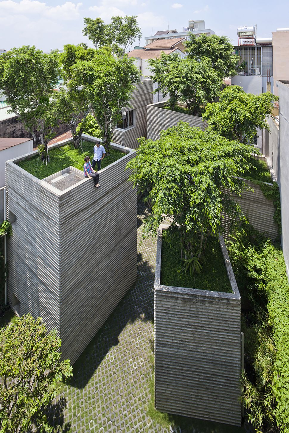 "House for Trees / Vo Trong Nghia Architects (Vietnam): ""<a href=""http://www.archdaily.com/518304/house-for-trees-vo-trong-ngh"