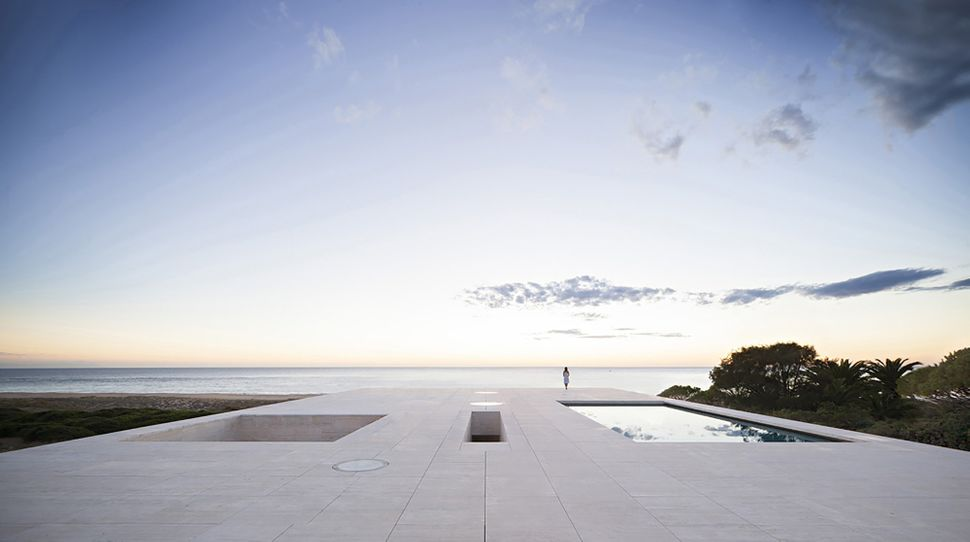"The House of the Infinite / Alberto Campo Baeza (Spain): ""<a href=""http://www.archdaily.com/529098/the-house-of-the-infinite-"
