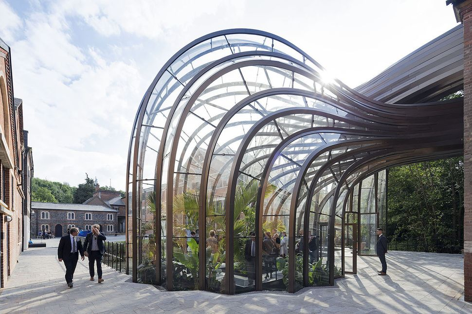 "Bombay Sapphire Distillery / Heatherwick Studio (United Kingdom): ""<a href=""http://www.archdaily.com/554750/bombay-sapphire-d"