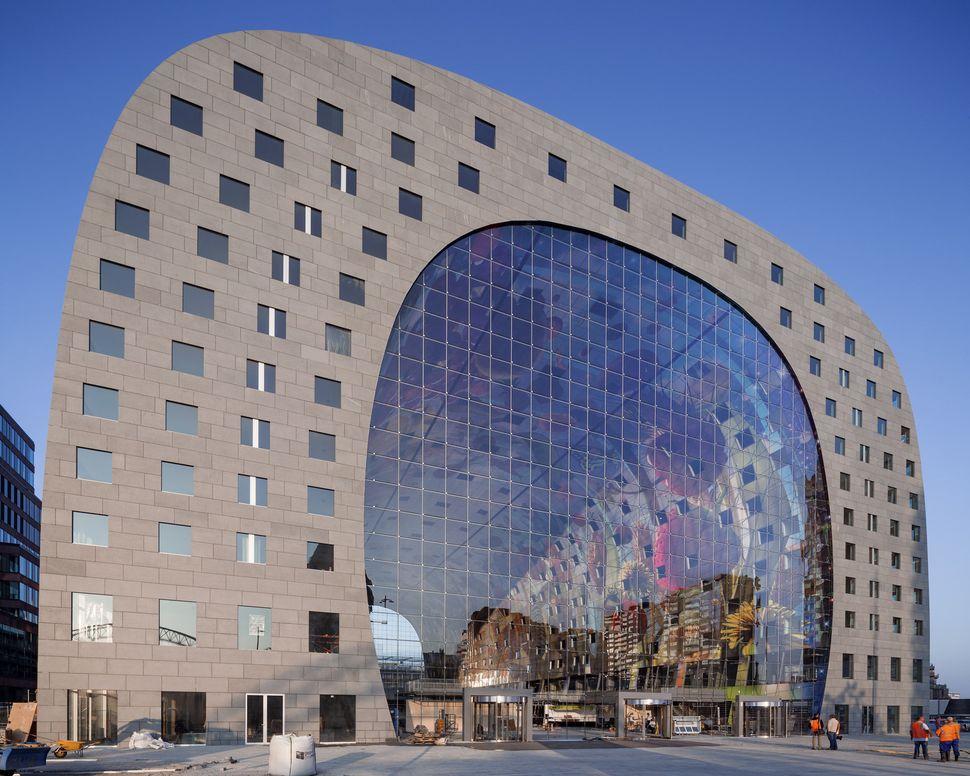 "Markthal Rotterdam / MVRDV (Netherlands): ""<a href=""http://www.archdaily.com/553933/markthal-rotterdam-mvrdv/"" target=""_blank"