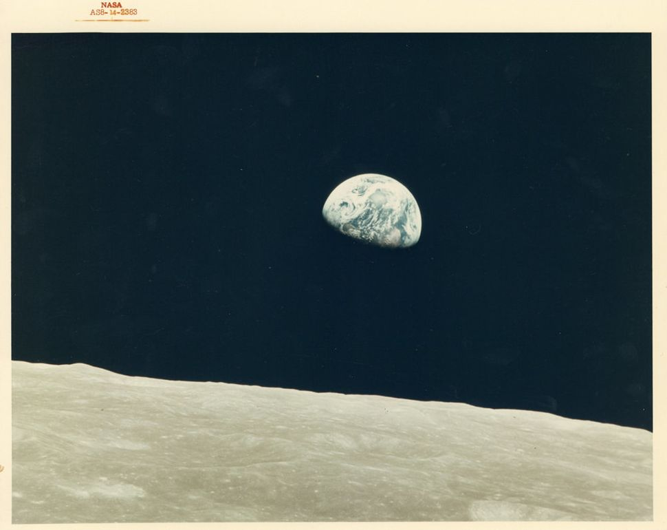 William Anders, First Earthrise seen by human eyes, Apollo 8, December 1968