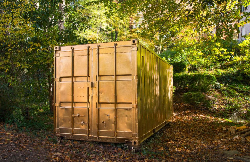 The container painted gold finished
