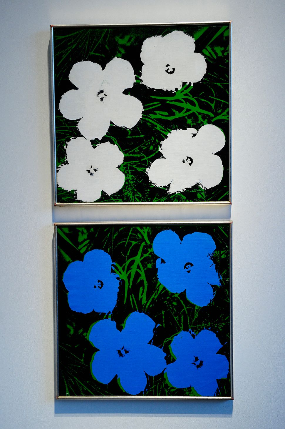 "Andy Warhol, ""Flowers,"" 1964 (acrylic, silkscreen ink, and pencil on linen)"