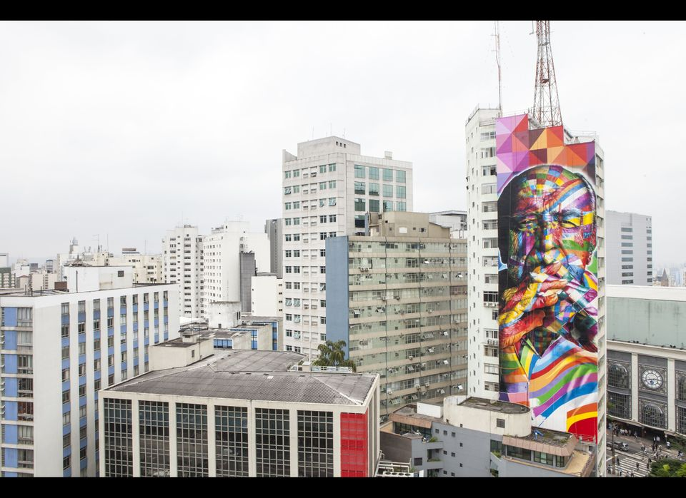 Mural of Oscar Niemeyer by KOBRA in São Paulo. Photo submitted by the artist.